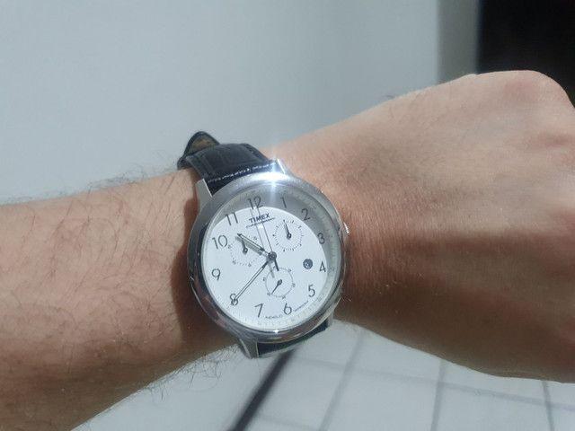 Relógio Timex com pulseira de couro de 35 mm <br><br> - Foto 2