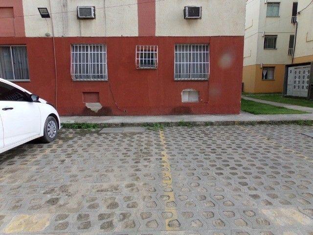 Apto 02 quartos em Marambaia