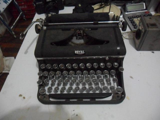 Maquina de escrever antiga anos 20