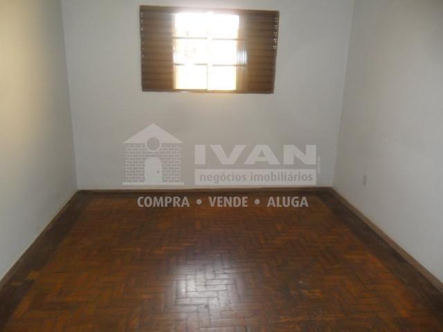 Casa para alugar com 2 dormitórios em Martins, Uberlândia cod:211346 - Foto 3
