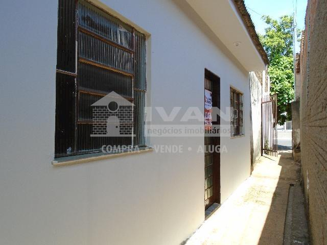 Casa para alugar com 2 dormitórios em Tibery, Uberlândia cod:594329 - Foto 8