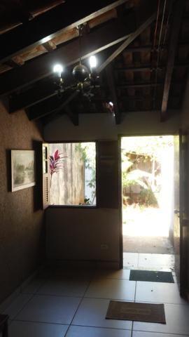 Bela casa - tem estrutura para sobrado - Foto 19