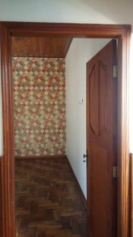 Bela casa - tem estrutura para sobrado - Foto 15