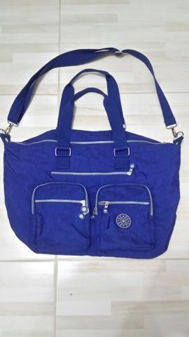 Vendo bolsa bem espaçosa várias divisórias ótima para o dia a dia r$ 80 - Foto 3