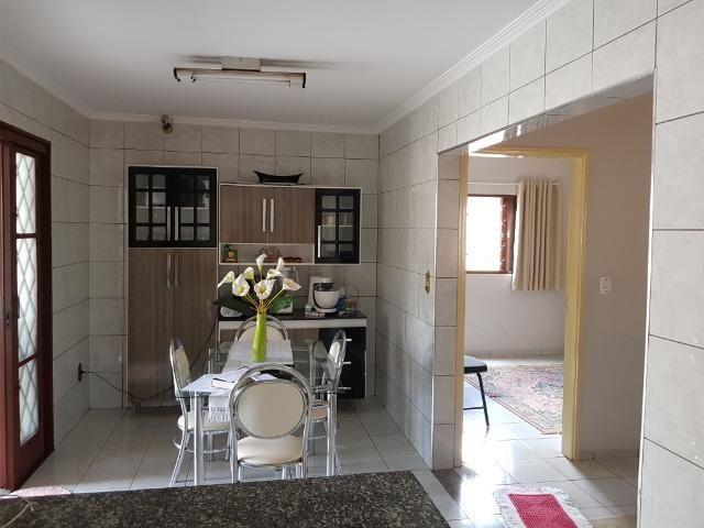 Casa Muito bem construída, 02 suítes com terreno de 363 m2, b. Aeroporto . Confira! - Foto 7