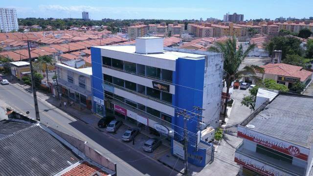 Alugo Salas Comerciais Excelentes na Rua do Aririzal Cohama