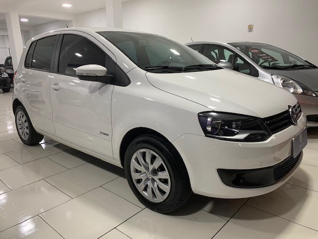 VW Fox 1.0 I-Trend - 2014 - Completo - Em Excelente estado de Conservação ! ! !