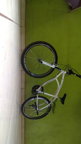 Vendo bicicleta ou troco por ou celular