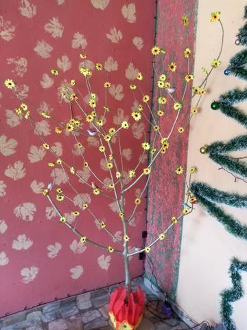 Árvore artesanal para decoração