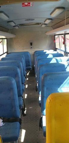 Vende se esse micro ônibus 2012 2013 - Foto 8