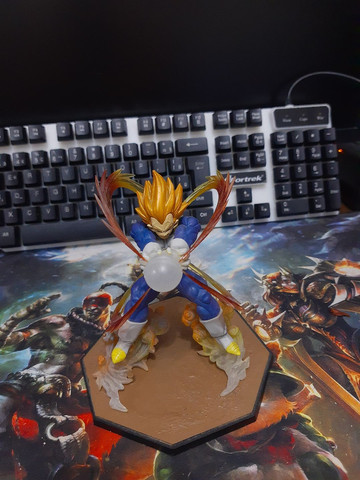 Action Figure Vegeta - Foto 4