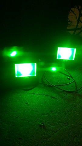 Duas luminaria de led Verde e duas lampadas florecente com o suport e com reator  - Foto 2