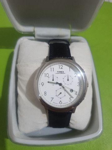 Relógio Timex com pulseira de couro de 35 mm <br><br> - Foto 6