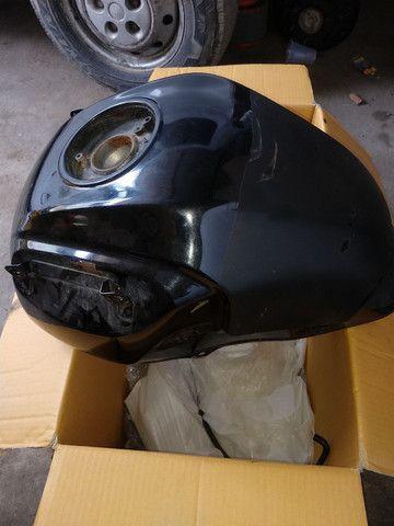 Tanque de combustível da Versys 650 2011