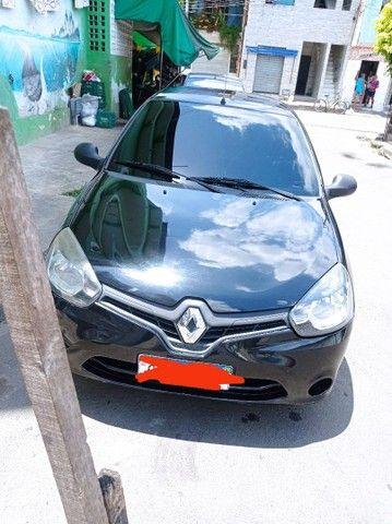 Clio 2014  alienado