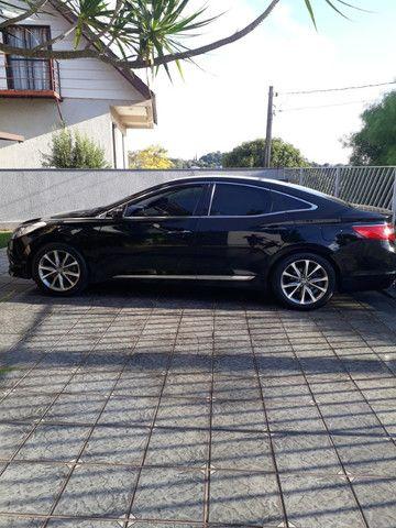 Venda de um automóvel Hyundai azera preto. - Foto 8