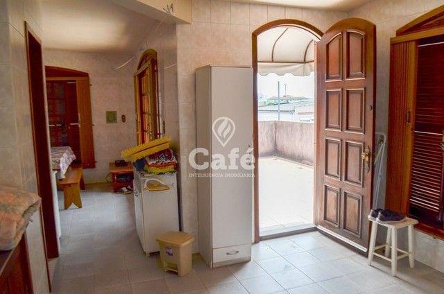 Prédio/Casa Residencial, 4 dormitórios, Bairro Menino Jesus, pátio - Foto 10