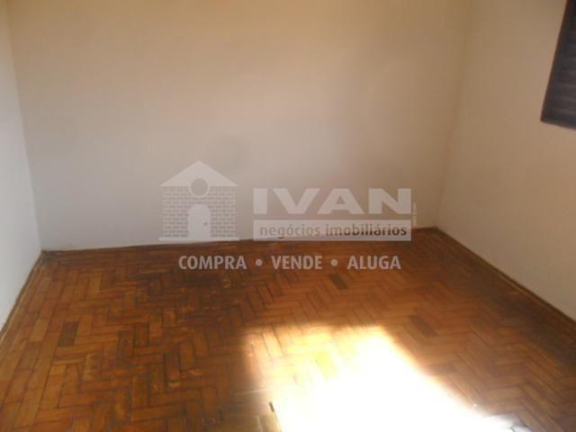 Casa para alugar com 2 dormitórios em Martins, Uberlândia cod:211346 - Foto 2
