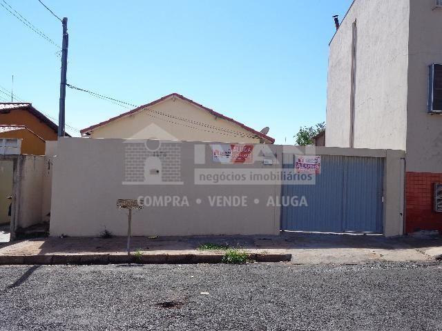 Casa para alugar com 2 dormitórios em Osvaldo rezende, Uberlândia cod:594659