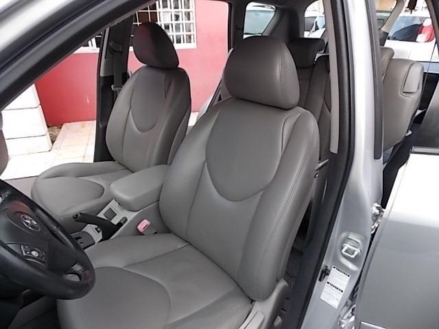 Toyota Rav4 - Foto 14