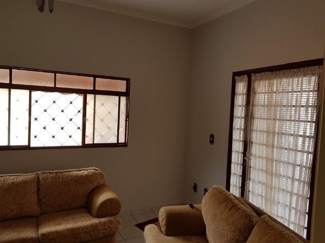 Casa Muito bem construída, 02 suítes com terreno de 363 m2, b. Aeroporto . Confira! - Foto 9
