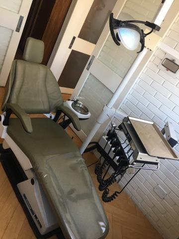 02 Cadeiras odontológicas automáticas em ótimo estado, funcionando - Foto 2