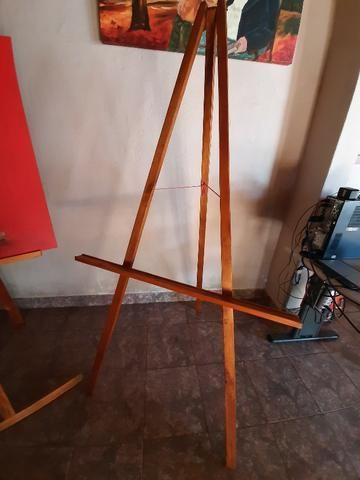 2 Cavaletes de madeira para pintura em tela e exposição - Foto 3