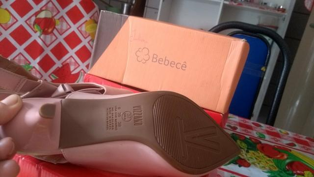 Vendo uma linda sandália Vizzano nunca usada - Foto 2