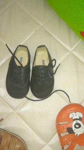 Lote de sapatos de menino - Foto 5