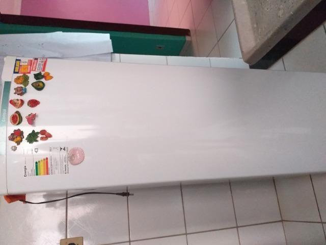 Vendo geladeira consul modelo crc
