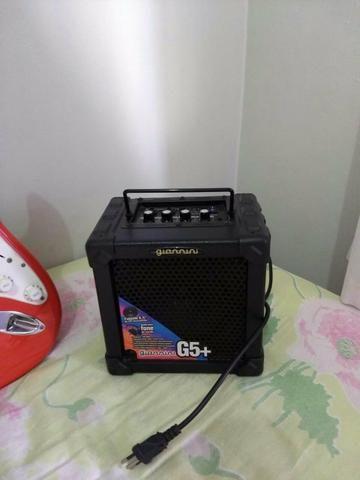 Guitarra Squier + Capa + Amplificador - Foto 2