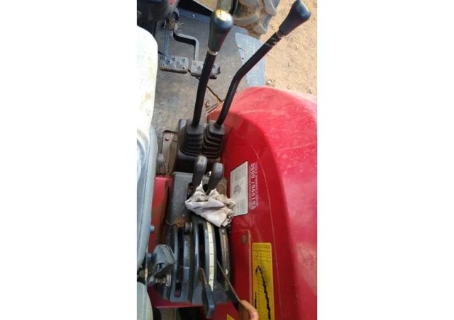 Trator Massey Ferguson 4275 4x4 2016 Cabinado - Foto 3