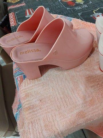 Sandálias em perfeito estado - Foto 3