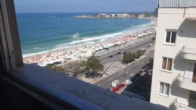 Kitnet vista mar Copacabana com referências