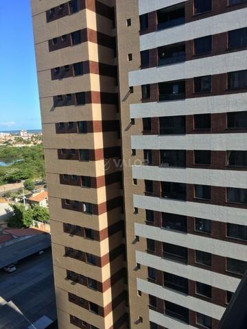 Excelente apartamento medindo 100m², condomínio Luzes do Farol