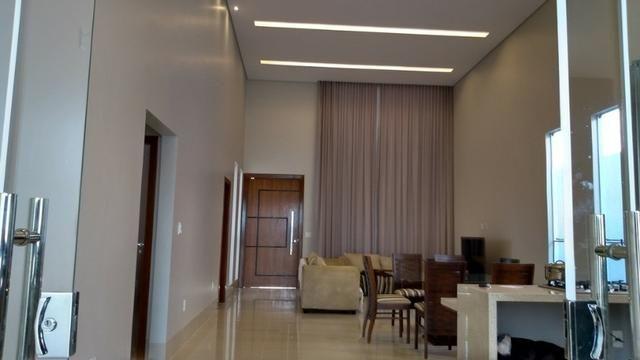 Samuel Pereira oferece: Casa 3 Suites Nova Moderna Pé Direito Duplo Piscina Churrasqueira - Foto 4
