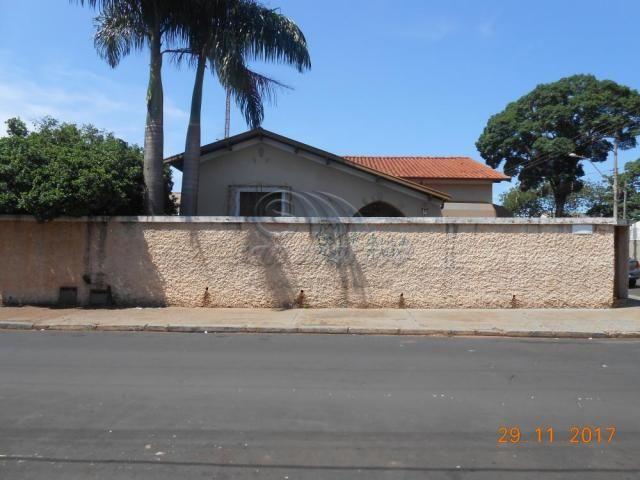 Casa à venda com 3 dormitórios em Centro, Jaboticabal cod:V319 - Foto 2