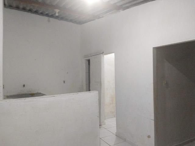 Aluga-se Uma casa no 27 de Novembro na UR02 Ibura - Foto 2