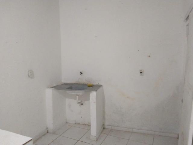 Aluga-se Uma casa no 27 de Novembro na UR02 Ibura - Foto 8