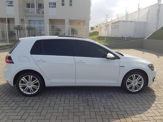 VW Golf Highline 1.4 TSI - com Teto Solar - pacote premium - Aceito Troca - Foto 6