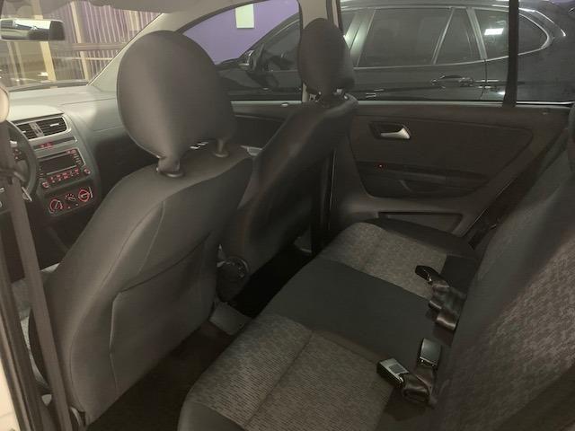 VW Fox 1.0 I-Trend - 2014 - Completo - Em Excelente estado de Conservação ! ! ! - Foto 9
