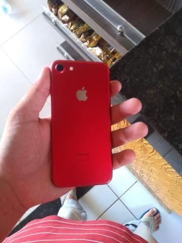 IPhone 7 Red muito novo