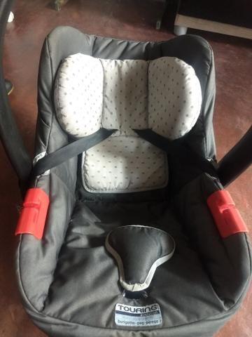 Cadeirinha Joy e Um Bebê Conforto - Foto 2