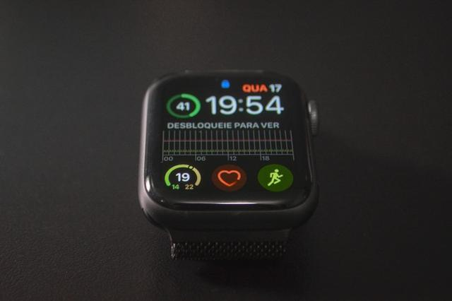 IPhone 7 32gb + Apple Watch Series 4 40mm - Foto 2