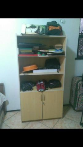 Armário / estante de escritório