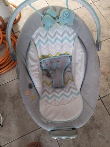 Cadeirinha de balanço de bebê - Foto 4