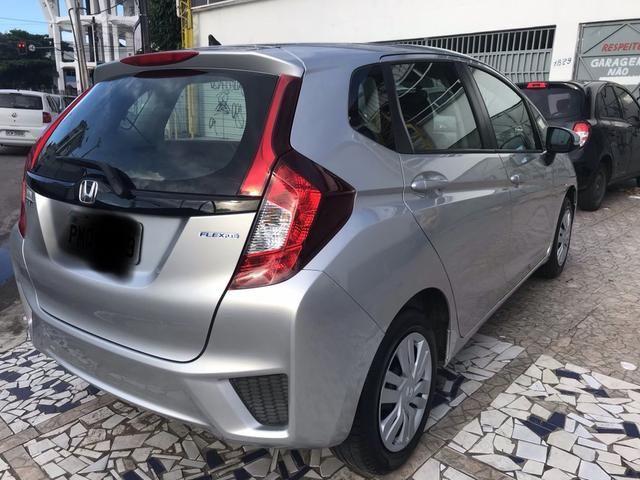 Honda Fit DX 1.5 Flex Manual 2015- Carro em estado de zero!! - Foto 4