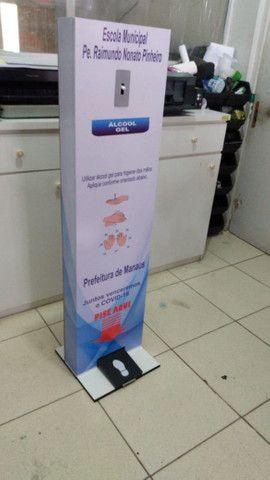 Totem dispensador para álcool em gel - Foto 4