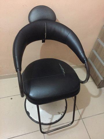 Vendo cadeira salão ou barbearia