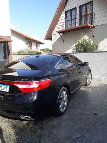 Venda de um automóvel Hyundai azera preto. - Foto 7